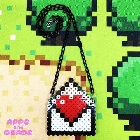 【Apps and Beads】ラブレターネックレス(黒×赤)
