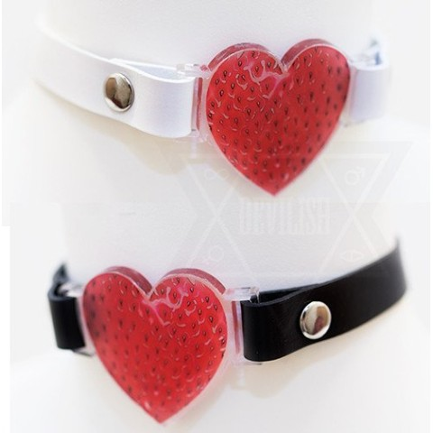【Devilish】strawberry heart choker(WHITE)