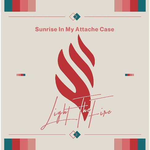 Sunrise In My Attache Case / Light The Fire【VV特典あり】