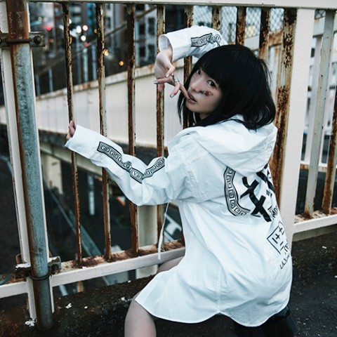 【LILWHITE(dot)】-SEI TO SHI- RIBBON HOODSHIRT WHTxBLK(Lサイズ)