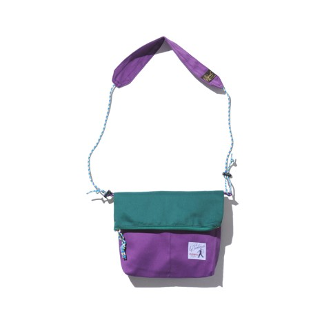 【DEFO】サコッシュTHE WANDERECK PURPLE/GREEN