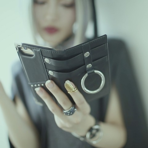 【夢月ゆーり】Leather Ring Smartphone SILVER((iPhone8/7/6/6S兼用)