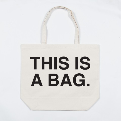 THIS IS A BAG.(トートバック)