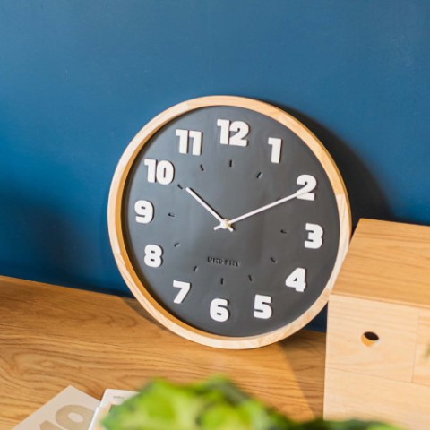 【バウハウス】BAUHAUS Fonts Wall Clock Alfarn Black