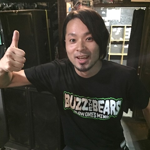 【 BUZZ THE BEARS】RUDIE'S × BUZZ THE BEARS T-SHIRTS(グリーン XSサイズ)