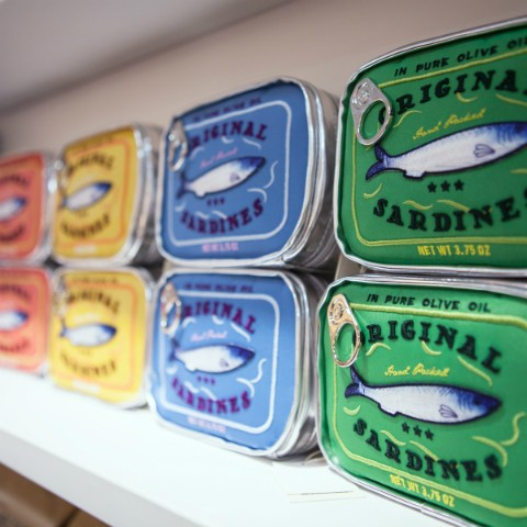 オイル サーディン 缶詰